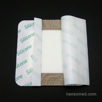 Soft Silicone Foam Dressing with Adhesive Border (4)